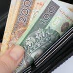 portfel z banknotami