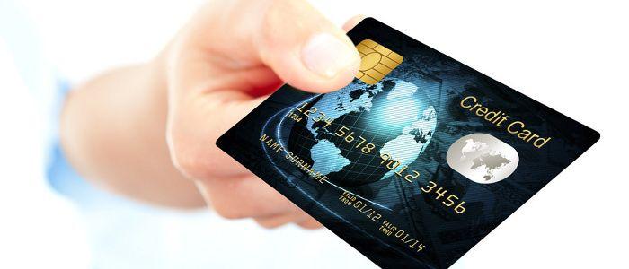 """Jak spłacić kartę kredytową? """"I zaskoczyć swój budżet domowy""""!"""